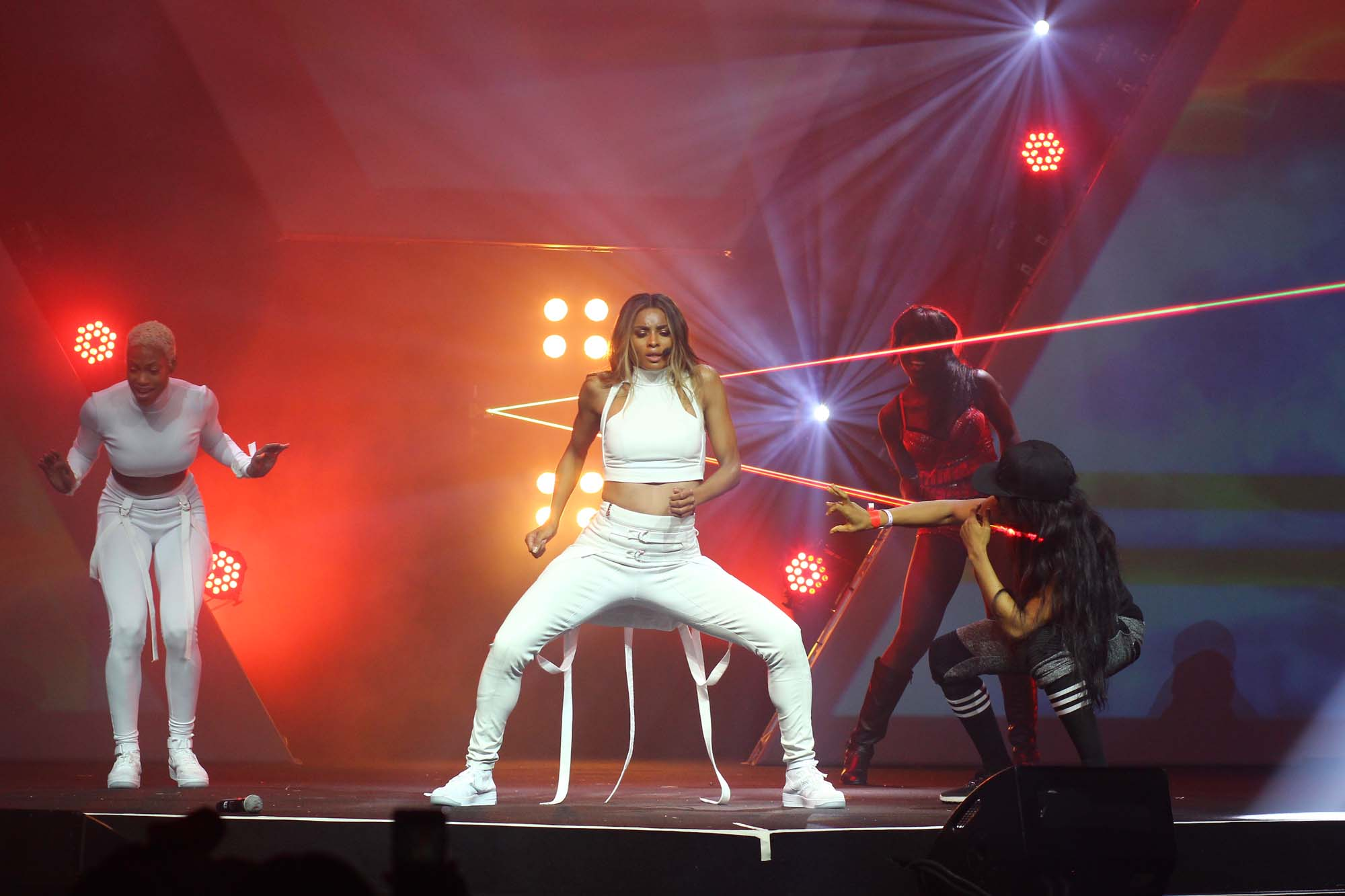 "Photos and Video: Kaffy Teaches Ciara The ""Kukere"", ""Duro"" and ""Shakitibobo"" Onstage At #LLAM3"