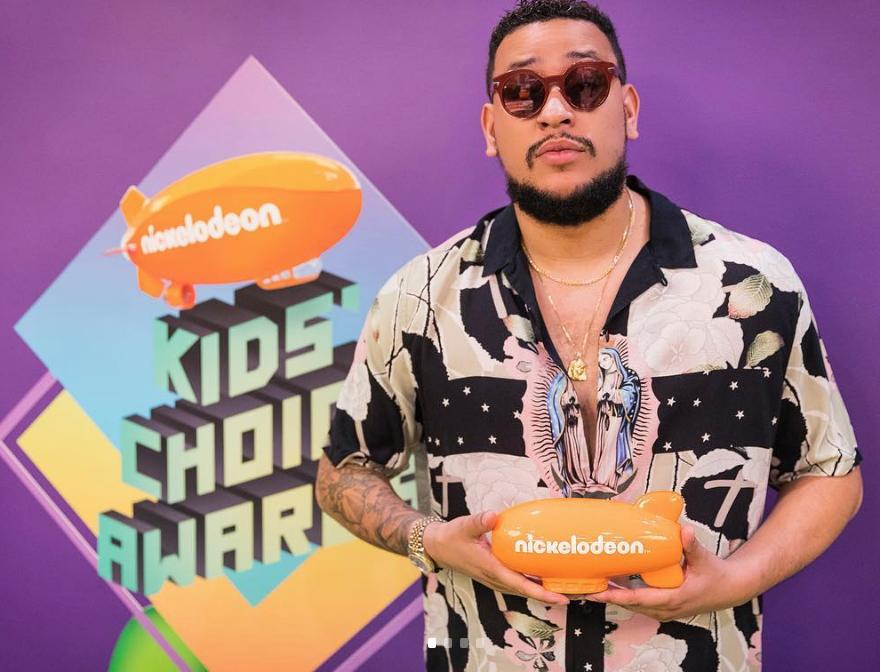 AKA AND STONEBWOY WIN BIG AT NICKELODEON'S KIDS' CHOICE AWARDS 2019